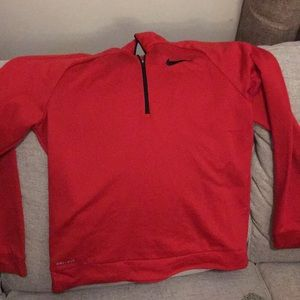 Nike pullover like new !!!!